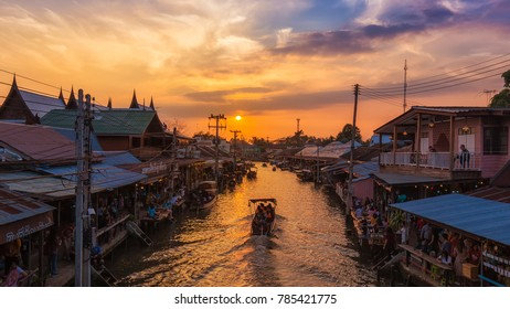 AMPHAWA , JANUARY 1 : Panorama view, Amphawa floating market, the most famous of floating market at sunset and cultural tourist destination on January 1, 2018 in Amphawa ,Samut songkhram Thailand.