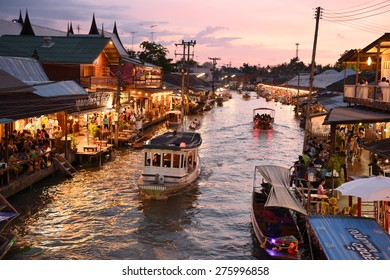 AMPHAWA , MAY 2 : Amphawa market canal, the most famous of floating market and cultural tourist destination on May 2, 2015 in Amphawa ,Thailand.