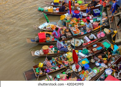 Amphawa, Thailand-May 14 Boats in Amphawa floating Market, 110 km from Bangkok, most famous floating market and cultural tourist destination on May 14, 2016 in Amphawa, Thailand.