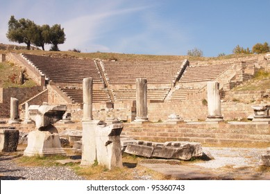 Amphitheater at the Asclepion ancient mental hospital in Pergamum, Turkey