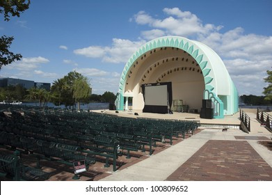 Amphitheater in Downtown Orlando at Lake Eola Park