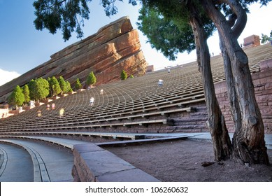 Amphitheater seats with runners exercising