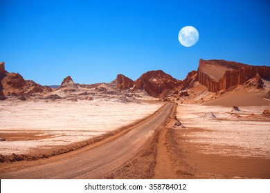 Amphitheatre is beautiful geological formation of Moon Valley in Atacama Desert, Chile