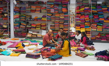 Clothing Retail Worker Images Stock Photos Vectors Shutterstock