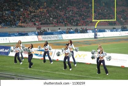 Amsterdam Admirals cheerleaders