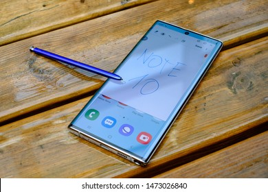 AMSTERDAM, AUGUST 2, 2019 - Newly launched Samsung Galaxy Note 10 and Note 10+ smartphones are displayed for editorial purposes at a media event.