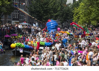Amsterdam, The Netherlands. 6 August 2016. The annual LGBT Canal Parade takes place during EuroPride 2016 on Prinsengracht in Amsterdam.
