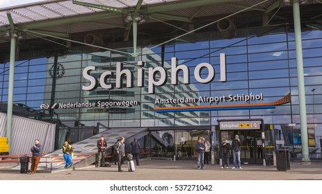 AMSTERDAM, NETHERLANDS - APRIL 7, 2006: Schiphol International Airport.