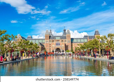 AMSTERDAM, NETHERLANDS - AUGUST 19: Rijksmuseum Amsterdam museum with words I Amsterdam on August 19, 2014
