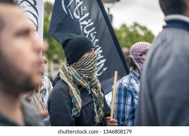 Amsterdam, Netherlands, Sept 16th 2012: Anti Islam Protest: Muslim Protesters