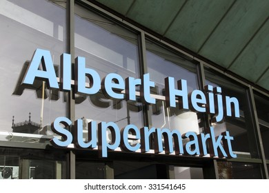 Amsterdam, Netherlands-october 25, 2015: Albert heijn at the museum square in Amsterdam