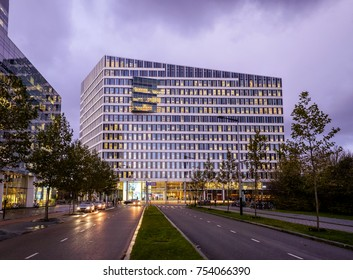 Amsterdam, November 2017. The Edge, Deloitte's headquarters, is the greenest and smartest office building in the world. Extremely efficient in resources, but also in assigning workspace to employees