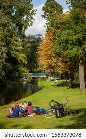 Amsterdam/Netherlands - sept 25 2012: daily life in Vondelpark