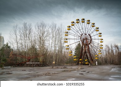 Amusement park in Pripyat / Chernobyl disaster