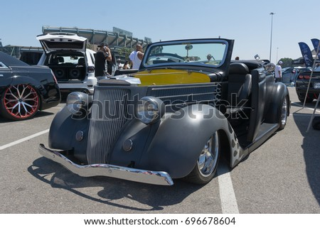 Anaheim USA August Vintage Stock Photo Edit Now - Angel stadium car show