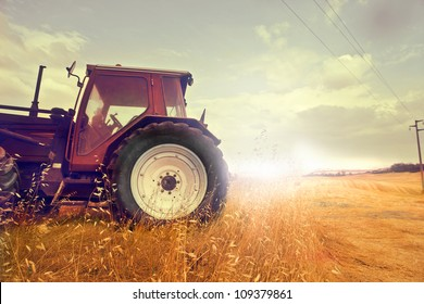 Anchorman reading the news into the microphone [design of the tractor modified]
