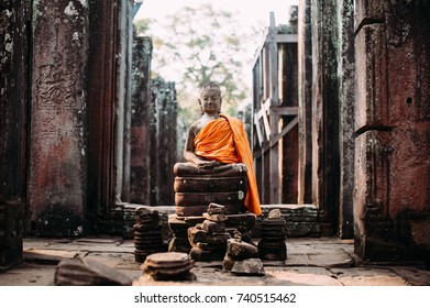 Ancient Buddha statue in Bayon temple, Angkor, Siem Reap, Cambodia.