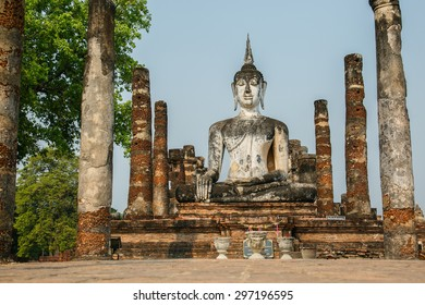 Ancient buddha statue. Sukhothai Historical Park, Sukhothai Province, Thailand