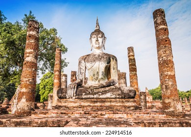 Ancient buddha Statue at Wat Mahathat in Sukhothai Historical Park,Thailand.