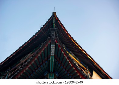 Ancient Chinese architecture cornices detail characteristics