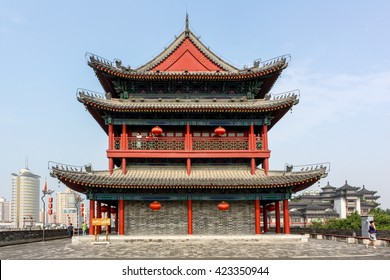 Ancient chinese tower Pagoda and the famous Xian city wall fortifications, UNESCO World Heritage, Xian, Shanxi Province, China
