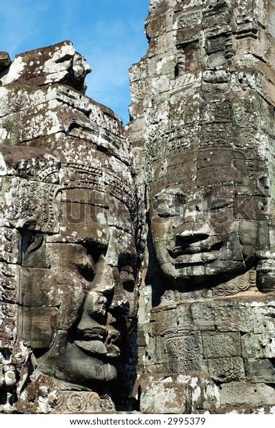 An ancient face of temple in angkor thom