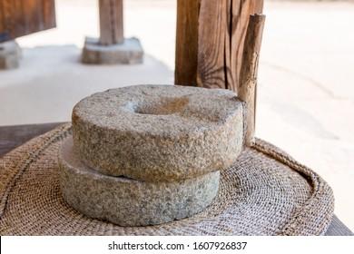 Ancient grain hand grinding millstones