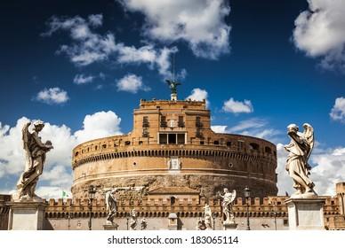 Ancient italian architecture, Castle of the Saint Angel