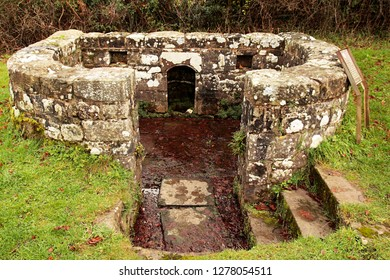 An ancient lichen-covered pre-christian holy well called the Virtuous Well and dedicated to the goddess Anu and St Anne. Four springs come from the ground here, believed to  have healing properties.