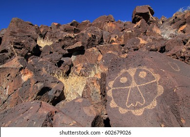 Ancient Native American rock art along the Rinconada Trail in Petroglyph National Monument, Albuquerque, New Mexico