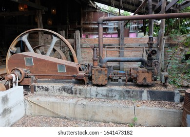 Ancient rice mill machinery, ancient teak, local knowledge, and rare crafts. Because of the new advancement in rice mill technology, the mill owners dismantled wood and equipment for sale. In order to