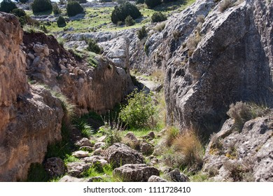 ancient road to castellar de meca, iberic city in spain