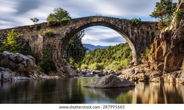 El antiguo puente romano. España. Ávila