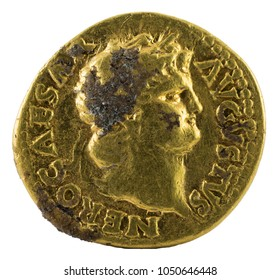 Ancient Roman gold aureus coin of Emperor Nero. Obverse.