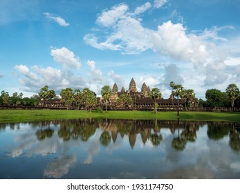 Ancient ruins of Angkor Wat temple in Siem Reap, Cambodia.