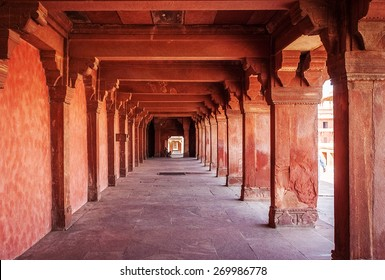 Ancient ruins of palace. Fatehpur Sikri, India