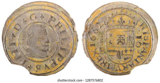 Ancient Spanish copper coin of King Felipe IV. 1662. Coined in Segovia. 16 Maravedis.