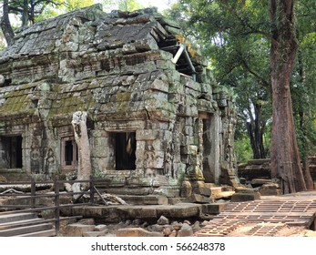 ancient temple in angkor Vat Cambodia