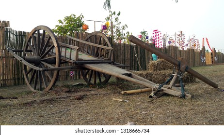 Ancient wagons, wagons used to transport items, wagons used to transport items, cows dragging carts in thailand, cows dragging carts in thailand