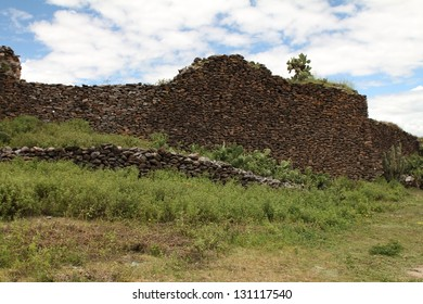 Ancient wall built by indigenous Wari people, a Middle Horizon civilization that flourished in the south-central Andes and coastal area of modern-day Peru, from about CE 500 to 1000.