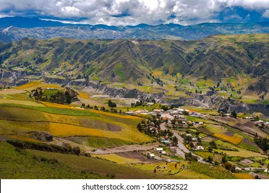 Anda Mountains. Settlement in the mountains of the Andes. Settlement in Ecuador. Mountain settlements in the mountains. Ecuador mountains of the Andes.