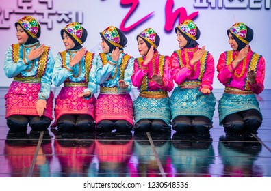 ANDONG , SOUTH KOREA - OCT 01 : Indonesian dancers performing the traditinal Ratoh Jaroe dance at the Mask dance festival in Andong South Korea on October 01 2018