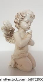 Angel figurines made of wood.