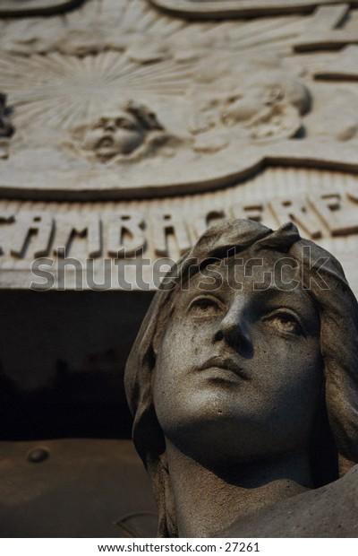 Angel Statue in the Cementerio de la Recoleta