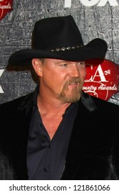 .LOS ANGELES - DEC 10:  Trace Adkins arrives to the American Country Awards 2012 at Mandalay Bay Resort and Casino on December 10, 2012 in Las Vegas, NV