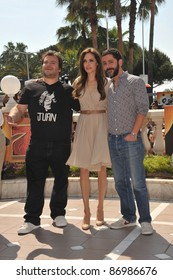 """Angelina Jolie, Jack Black & Manu Payet at photocall for their new animated movie """"Kung Fu Panda 2"""" at the 64th Festival de Cannes. May 12, 2011  Cannes, France Picture: Paul Smith / Featureflash"""
