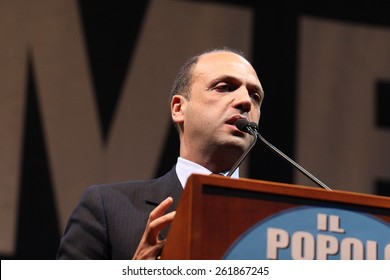 Angelino Alfano on stage in Cassino to support the candidate Mayor Carmelo Palombo May 10, 2011