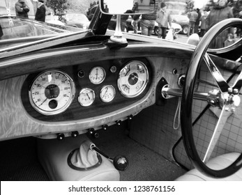"""Angers, France - april 7th 2013 : Alvis 1949 Type TA 14 4 cyl. """"Lady d'Armor"""" : focus on the dashboard. She has been restored by the naval architect Jean Yves Manac'h in yachting' style."""