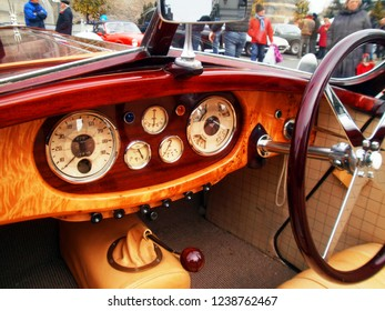 """Angers, France - april 7th 2013 : Alvis 1949 Type TA 14 4 cyl. """"Lady d'Armor"""" : focus on the dashboard. The car has been restored by the naval architect Jean Yves Manac'h in yachting' style."""