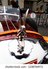 """Angers, France - april 7th 2013 : Alvis 1949 Type TA 14 4 cyl. """"Lady d'Armor"""": focus on the radiator cap. The car has been restored by the naval architect Jean Yves Manac'h in yachting' style."""